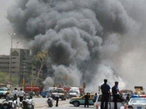 Bağdat'ta AVM'ye Saldırı: 10 Ölü, Rehineler Var