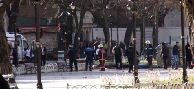 İstanbul Valiliği: Sultanahmet'te 10 Ölü, 15 Yaralı Var