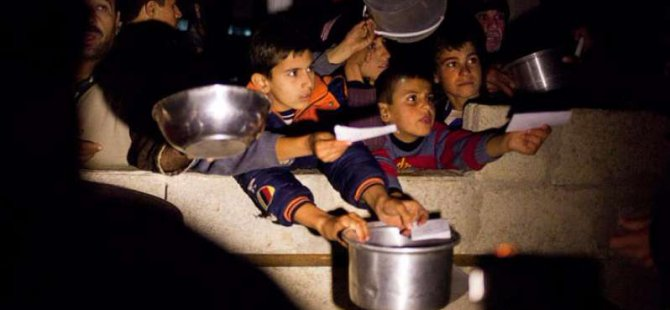 BM: Sivillerin Aç Bırakılması Savaş Suçu