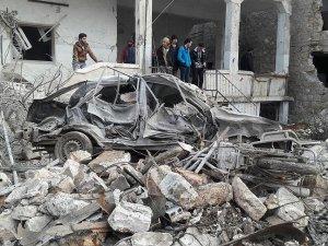 Rus Uçakları İdlib'de Sivillere Saldırdı: 24 Ölü