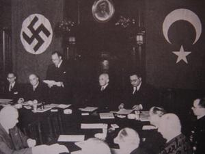 """""""Nazi Muhayyilesinde Atatürk"""""""