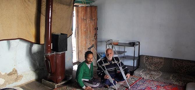 Rusya ve Esed'den Kaçıp Harabe Eve Sığındılar!
