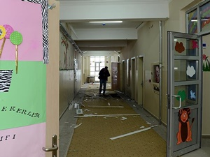Van'da Okula Bombalı Saldırı!