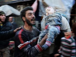 Suriye'de Bir Ayda 872 Sivil Hayatını Kaybetti