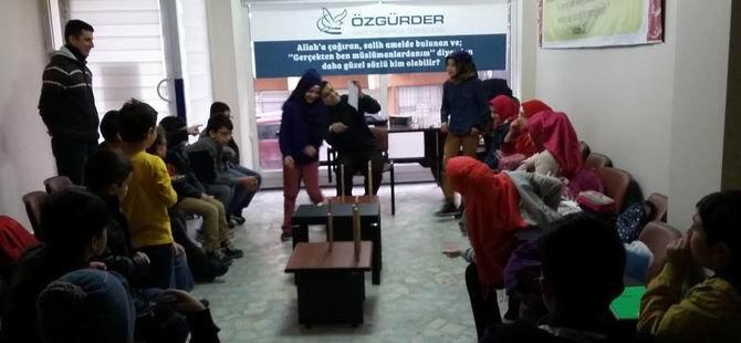 Çocuk Sesleri Gaziosmanpaşa Özgür-Der'i Şenlendiyor