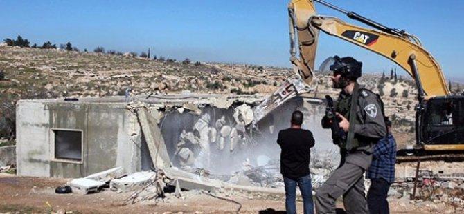 İsrail Binlerce Filistinliyi Evsiz Bıraktı!