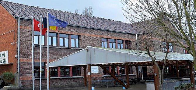 Avrupa'daki İlk İmam Hatip Lisesi İlk Mezunlarını Verecek