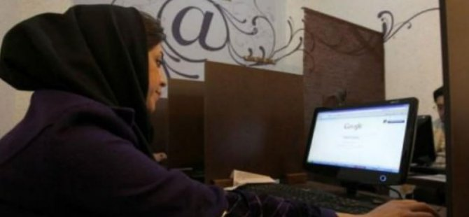 İran'da Sosyal Medya Yasağı Kalktı