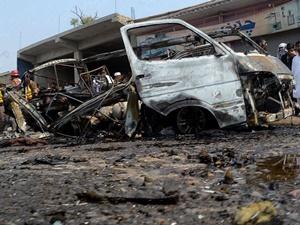Pakistan'da Patlama: 10 Kişi Hayatını Kaybetti!