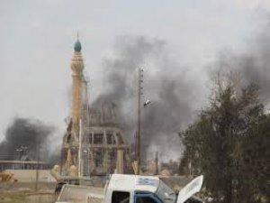 Irak'ta Camiler ve İnsanlar Yakılıyor