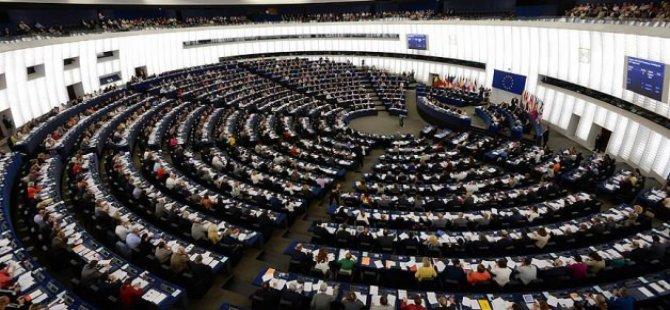 Avrupa Parlamentosu'nda Başörtüsü Yasağı!
