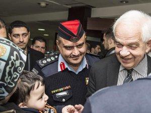 Kanada Suriyeli Mülteci Alımını Geçici Olarak Durdurdu
