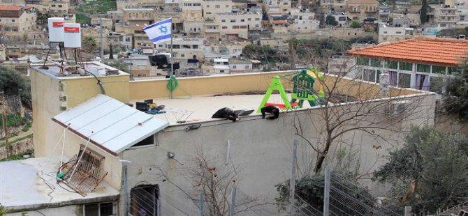 Siyonistlerin Doğu Kudüs'te İşgal Zulmü