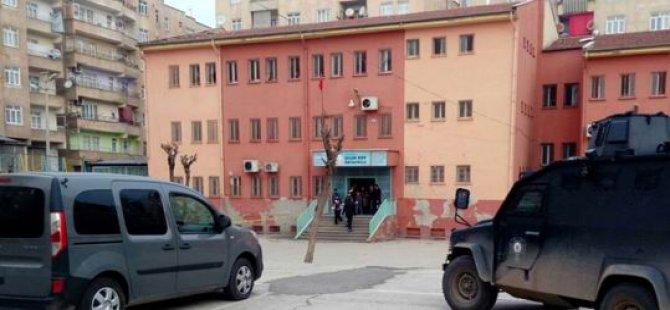 STK'lardan Okula Bombalı Saldırıya Tepki