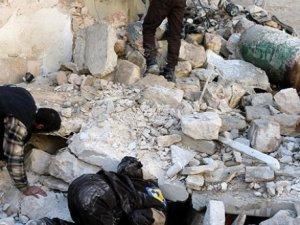 Rus Uçaklarının Hava Saldırısında 50 Sivil Katliedildi