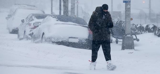 """ABD'de Kar Fırtınası: 11 Eyalette """"Olağanüstü Hâl"""" İlan Edildi"""