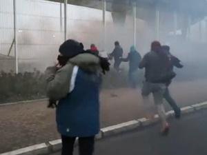 Fransa'da Göçmenlere Gazlı Müdahale!