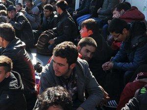 İngiltere'de Faşist Bir Uygulama: Mültecilere Kırmızı Bant