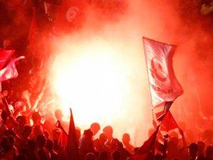 Tunus'ta Sokağa Çıkma Yasağı Hafifletildi