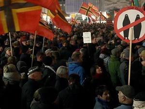 Almanya'da Mültecilere Yönelik Saldırılar Artıyor!