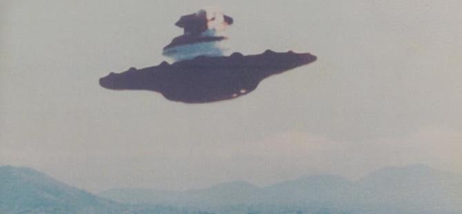 """CIA, """"UFO"""" İddialarıyla İlgili Belgelerini Erişime Açtı"""