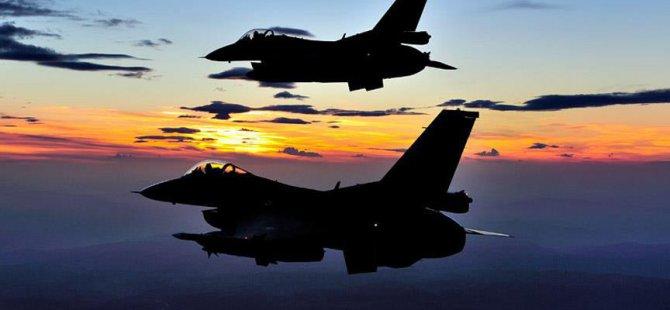 Afganistan'da ABD'nin F-16 Savaş Uçağı Düştü