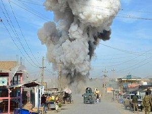 Kabil'de Canlı Bomba Saldırısı: 10 Ölü, 20 Yaralı