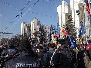Moldova'da Gergin Bekleyiş