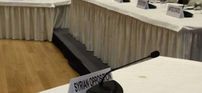 """""""Suriye Muhalefetinin Diplomasi Direnişi"""""""