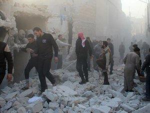 Rus Uçakları İdlib'te Camiyi Vurdu: 18 Ölü