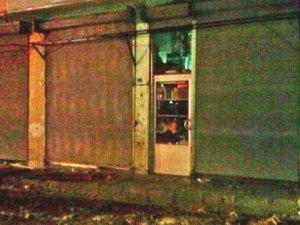 Diyarbakır-Hani'de Konfeksiyon Mağazası Tarandı: 1 Ölü