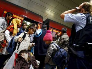 Almanya'da Sığınmacıya Muhbirlik Karşılığında Statü