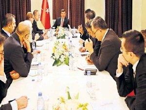 Davutoğlu: Yabancı Keskin Nişancılar Tespit Ettik