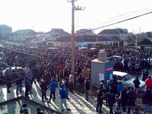 Mescidleri Kapatılan Dağıstanlı Müslümanlardan Protesto