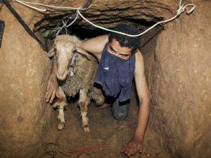 Sisi Cuntası Gazze'nin İki Tünelini Daha Yıktı