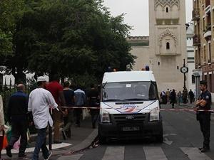 Korsika'da Müslümanlara Ait İş Yerlerine Saldırı!