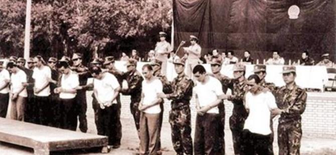 5 Şubat 1997'de Doğu Türkistan'da 100'den Fazla Kişi Katledildi!