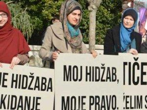 Bosna'daki Başörtüsü Yasağı Ne İfade Ediyor?