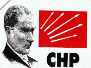 Atatürk Fotoğrafına Sıkışan CHP