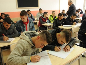 Diyarbakır, Şırnak ve Mardin'de Öğrencilere Telafi Eğitimi