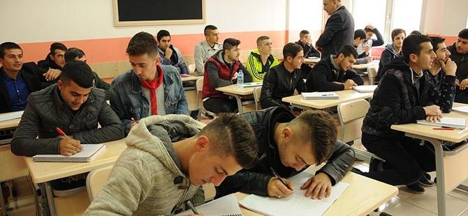 """""""Telafi Eğitimlerine 12 Bin 524 Öğrenci Katıldı"""""""