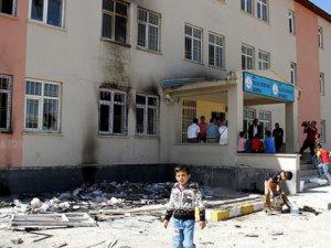 PKK 2015'te 400 Okula Saldırı Gerçekleştirdi