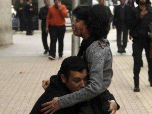 Sisi Yargısı Muhalif Aktivisti Katleden Polisin Cezasını Kaldırdı!