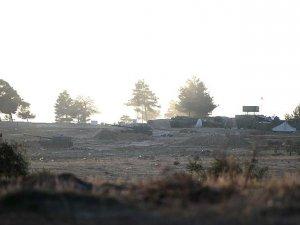 TSK Unsurlarının PYD/PKK Mevzilerine Top Atışı Sürüyor