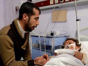 Ruslar Suriyeli Riyan'ı Hem Öksüz Hem Yetim Bıraktı