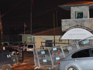 Fatih Sultan Mehmet Polis Merkezine Saldırı