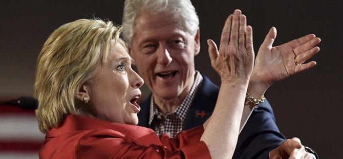 ABD'de Ön Seçimleri Trump ve Clinton Kazandı