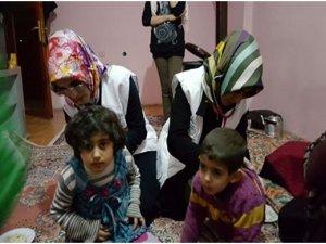 Elazığ Özgürder'li Hanımlardan Suriyeli Muhacir Ailelere Ziyaret
