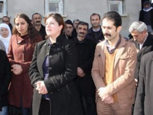 HDP'li Vekil Ankara Bombacısının Taziyesinde!