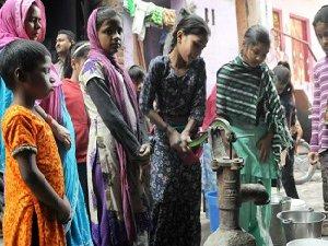 Delhi'ye Su 'Kısmi Olarak' Verilmeye Başlandı
